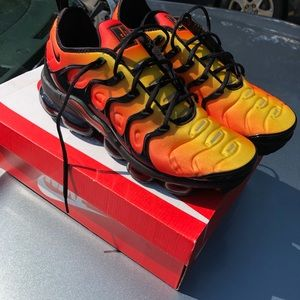 "Nike Air Vapormax Plus ""Sunset"" sz. 10.5"
